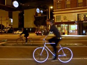Lumen, the retro-reflective city bicycle