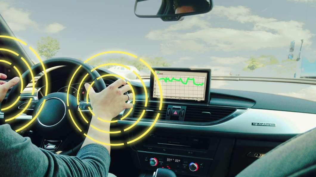 smart-steering-wheel@2x