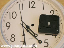 quartz-clock.jpg