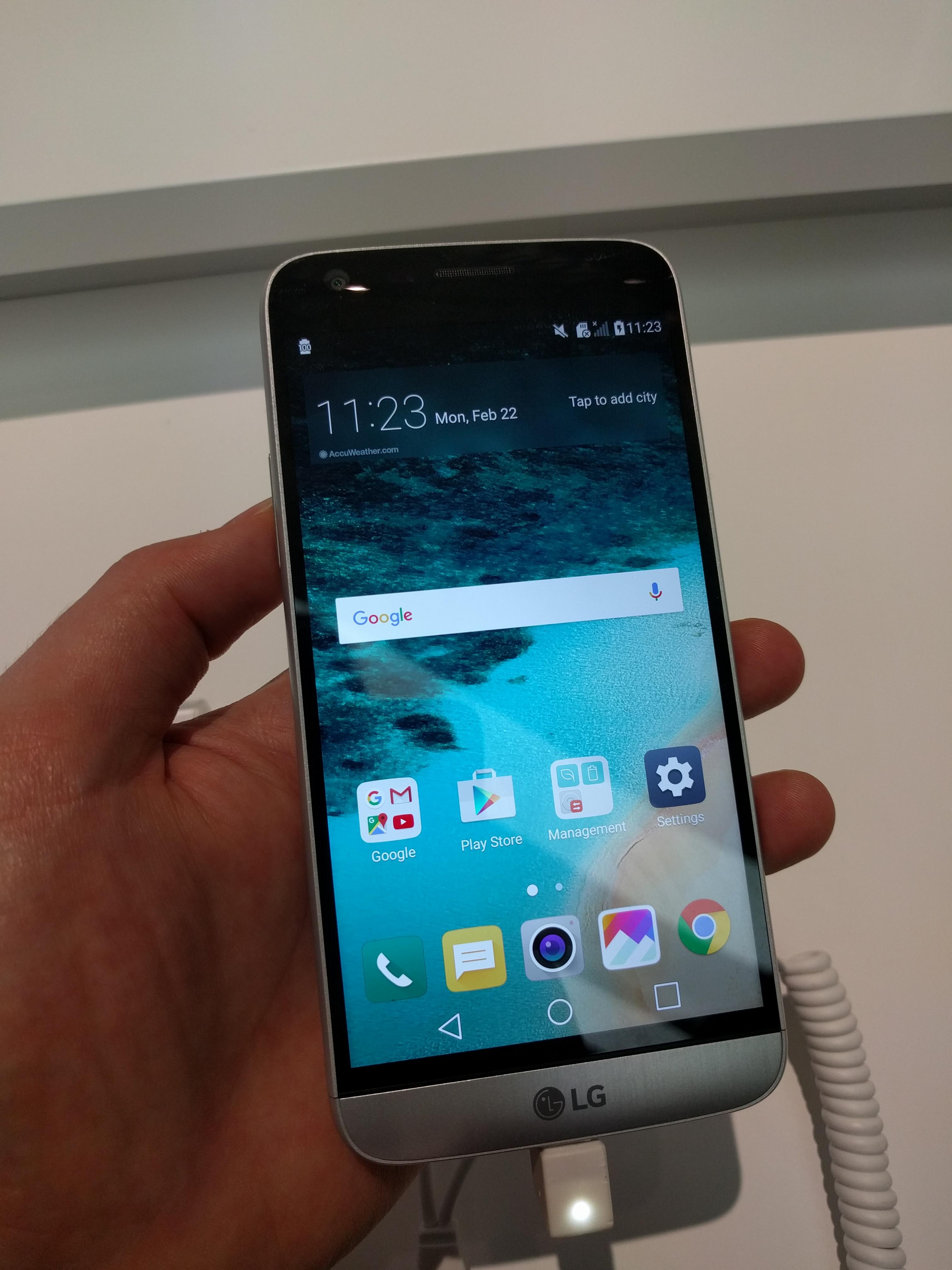 Q1 smartphone shipments up 4.3%
