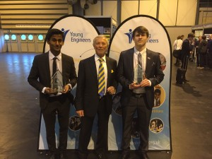 Apprentice Warden of WCSIM, Ken Sanders (former MD of TI UK) with the winning students Sud (left) and Brad