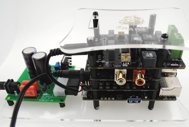 Raspberry Pi Hi-Fi amplifier/DAC includes jitter re-timing