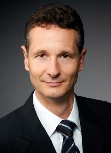 Dr. Eckart Voskamp