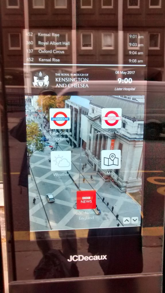 Android rolls out to London bus stop displays