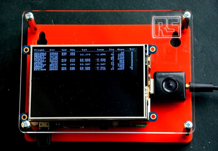 Finished Plane Watcher - How to build your own Raspberry Pi flight tracker using SDR hardware