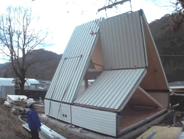 Flat-pack house unfolds in under a day