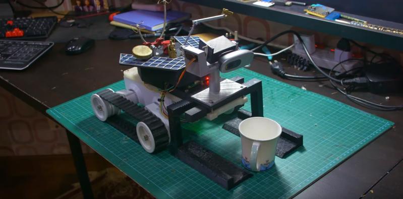 Rover PDA has Raspberry Pi brain