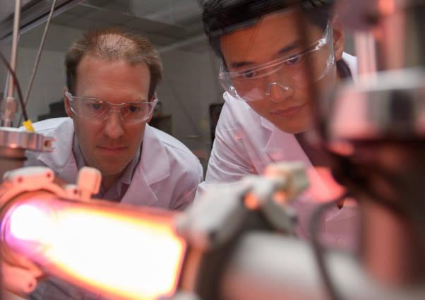 Researchers seek dc power grid circuit breakers